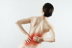 腰痛女性①.jpg